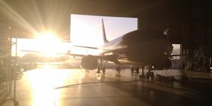 Boeing 737 Classic In Hangar, Silhouette, Sunlit, Light, Dark, Contrast 80884155 © Dreamstime