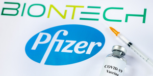 Biontech Pfizer Covid 19 Vaccine Vial Syringe Needle Oleksandr Lutsenko Dreamstime