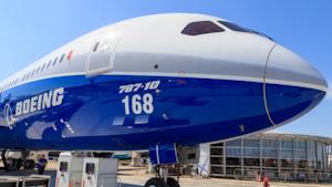 Boeing 787 10 Dream Richair Dreamstime 60b112a73e9ec