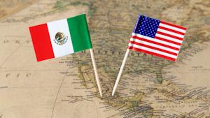 Us Mexico Flags Sjankauskas Dreamstime 60e7c7b578f92