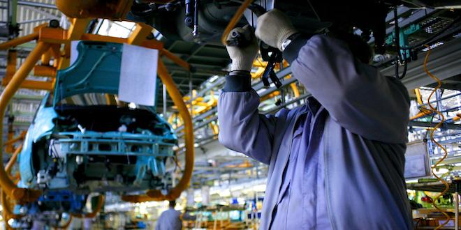 Auto Automobile Assembly Line Car Worker Employee Vehicle Factory © Tudor Vintiloiu Dreamstime